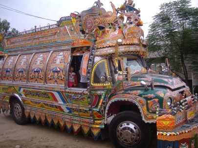 colorful_bus_pakistani